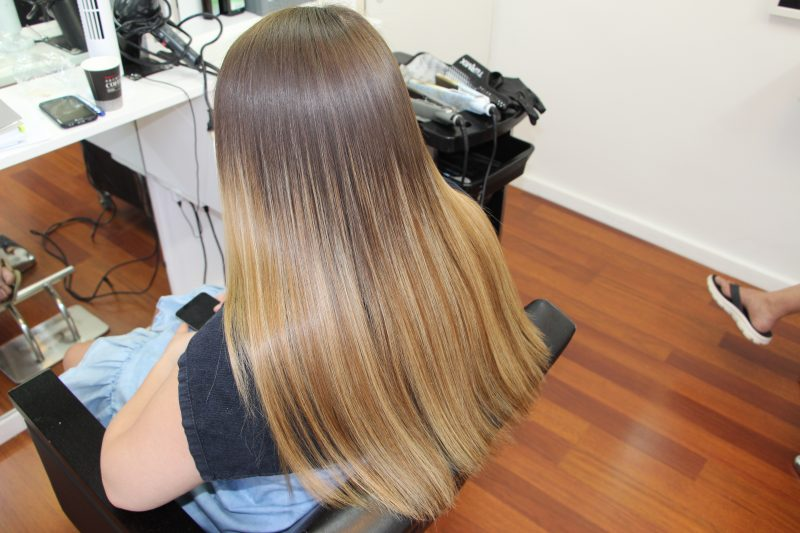 החלקת שיער משי